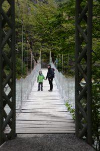 Nationalpark Torre del Paine - Hängebrücke zum Lago Grey