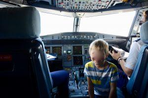 Unser Sohn im Cockpit bei den Piloten